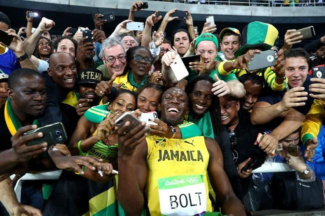 Usain Bolt with fans in Rio 2016