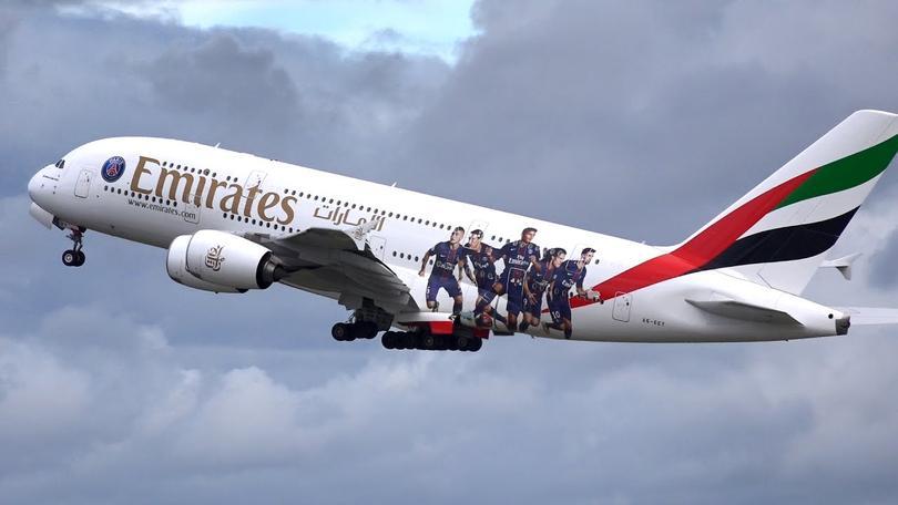 Emirates keep sponsorship with PSG